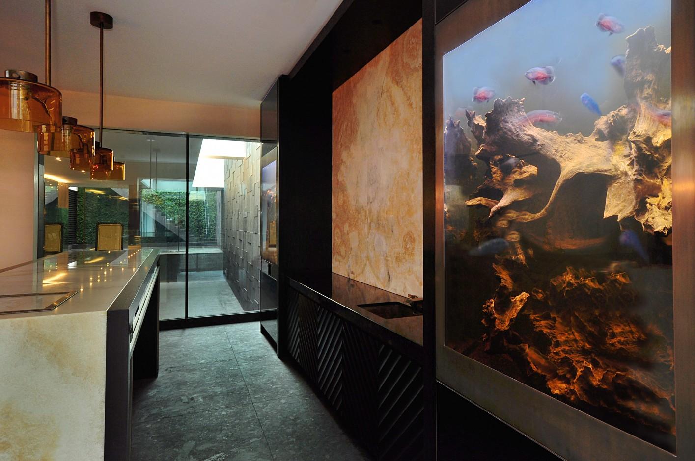 interior design trends for 2015 contemporary fish tanks. Black Bedroom Furniture Sets. Home Design Ideas
